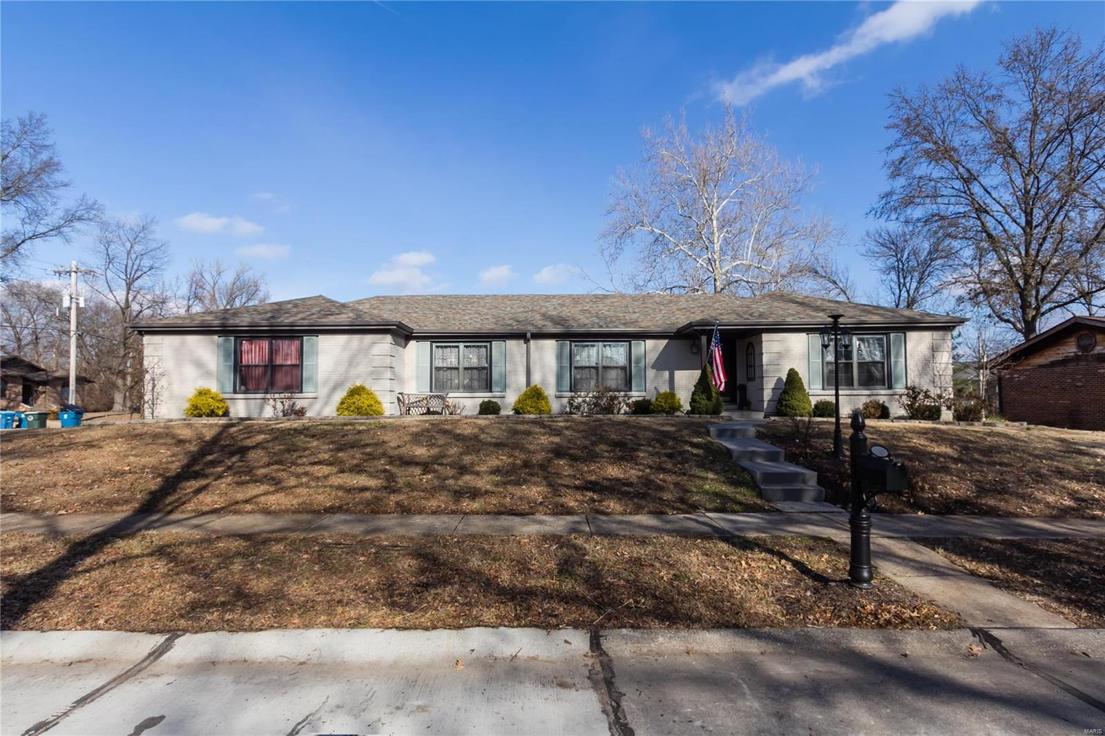 4545 Garon Drive Property Photo - St Louis, MO real estate listing