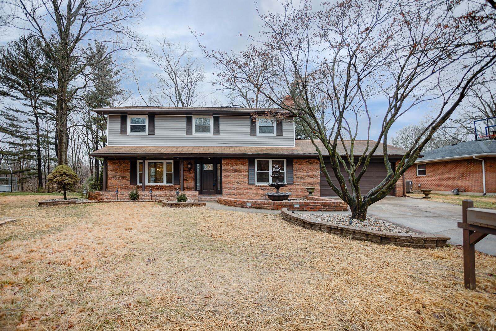 209 Warrensburg Drive Property Photo - Belleville, IL real estate listing