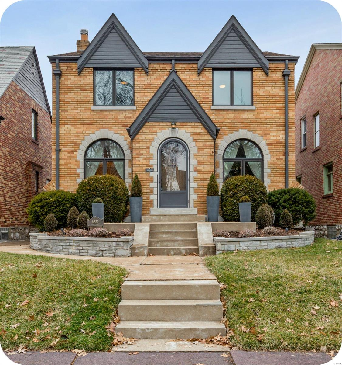 5833 Delor Property Photo - St Louis, MO real estate listing