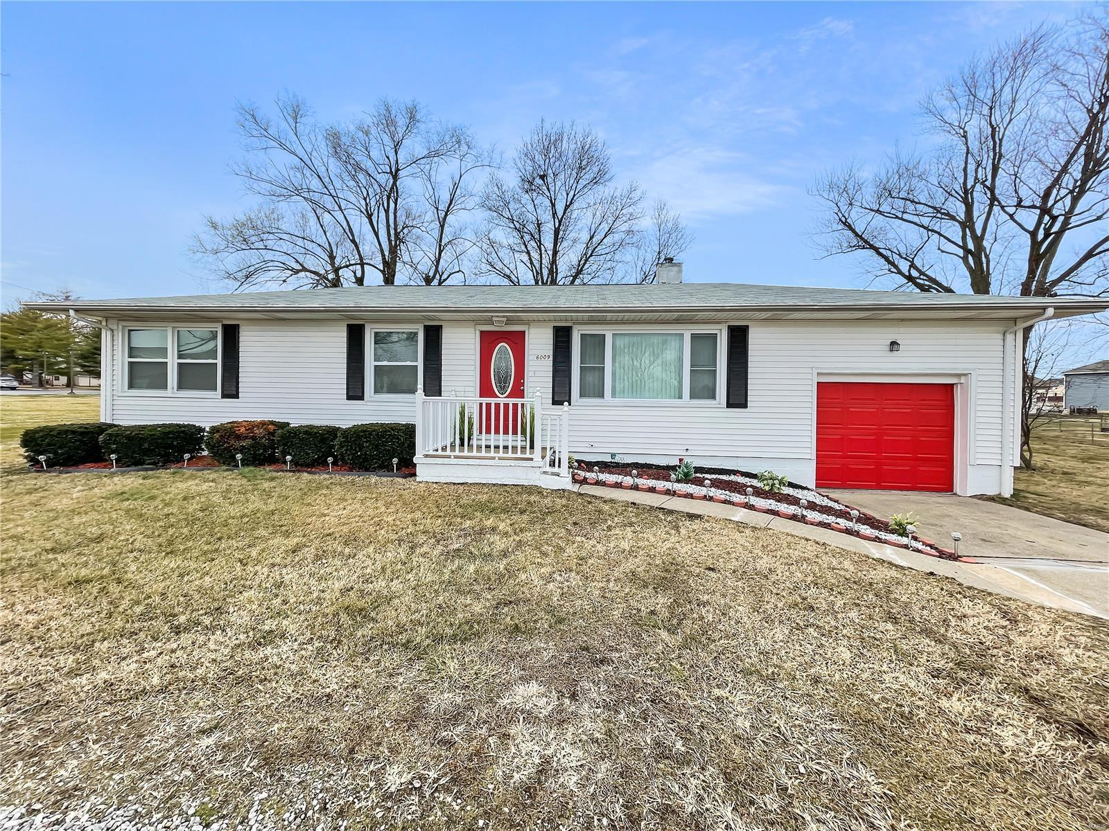 6009 Old Collinsville Road Property Photo - Fairview Heights, IL real estate listing