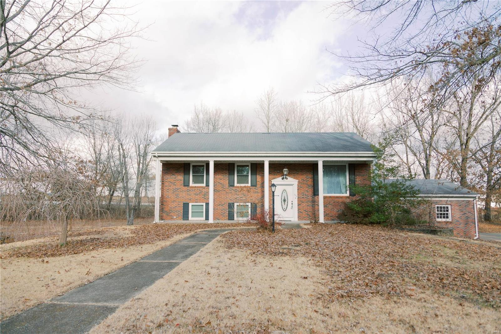 226 Circle Drive Property Photo - Owensville, MO real estate listing