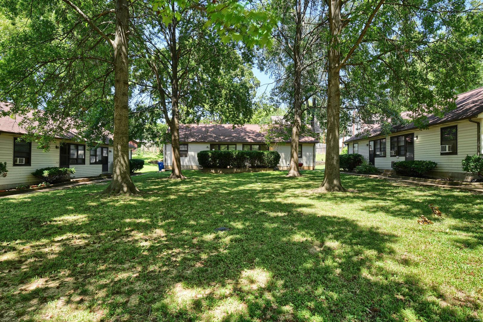 7621 Flora Avenue Property Photo - St Louis, MO real estate listing