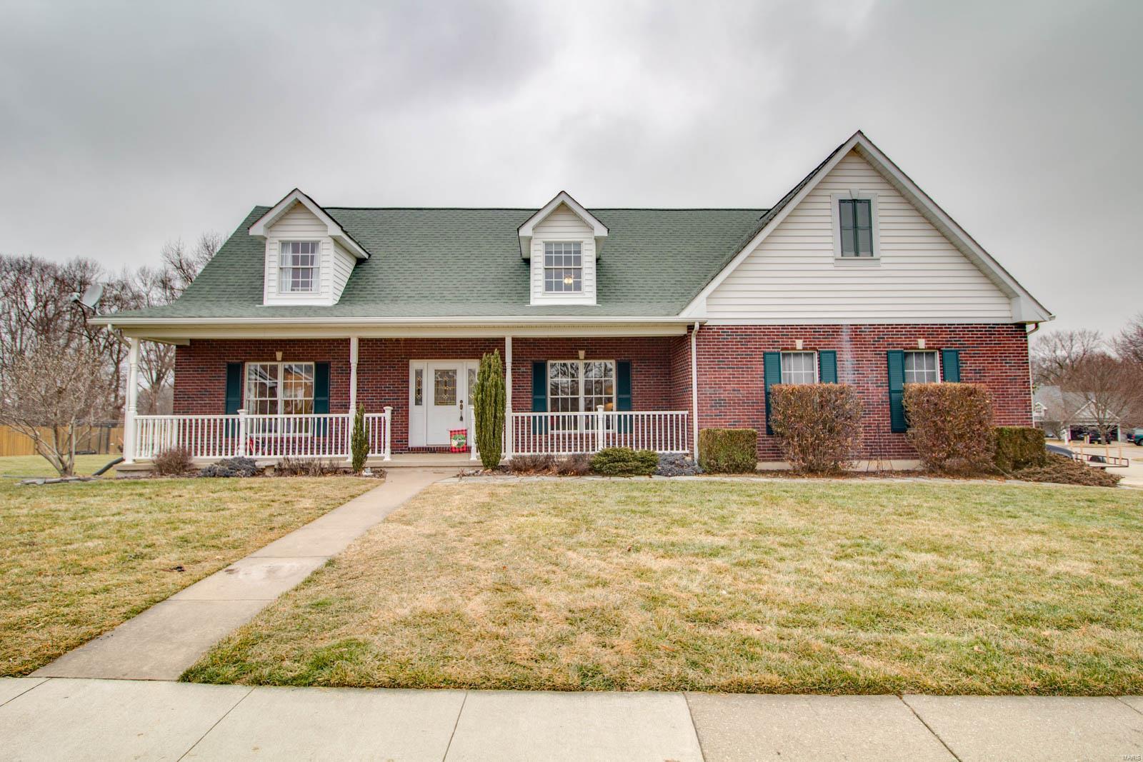 618 Blue Heron Lane Property Photo - Grafton, IL real estate listing