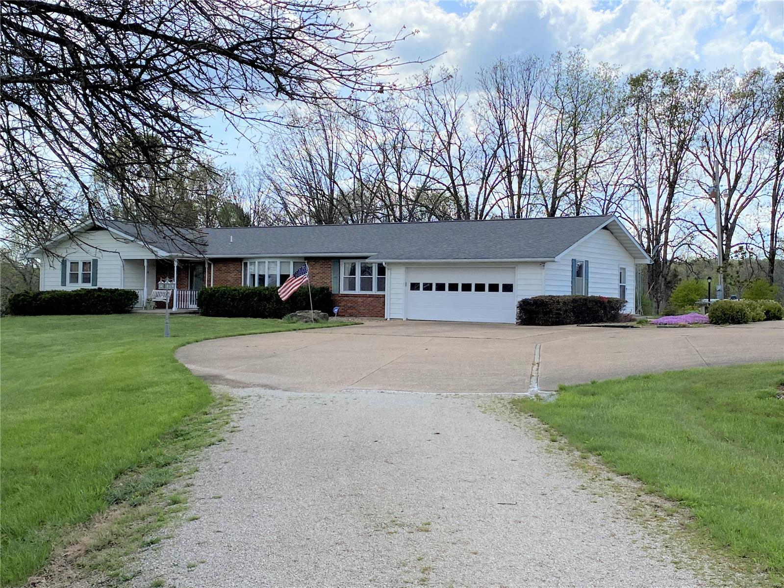 5476 Highway 19 Property Photo - Cuba, MO real estate listing