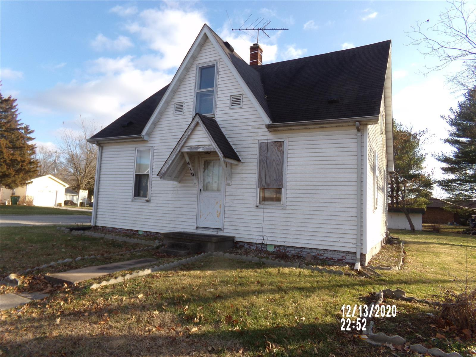 410 W 1st Street Property Photo - Beckemeyer, IL real estate listing