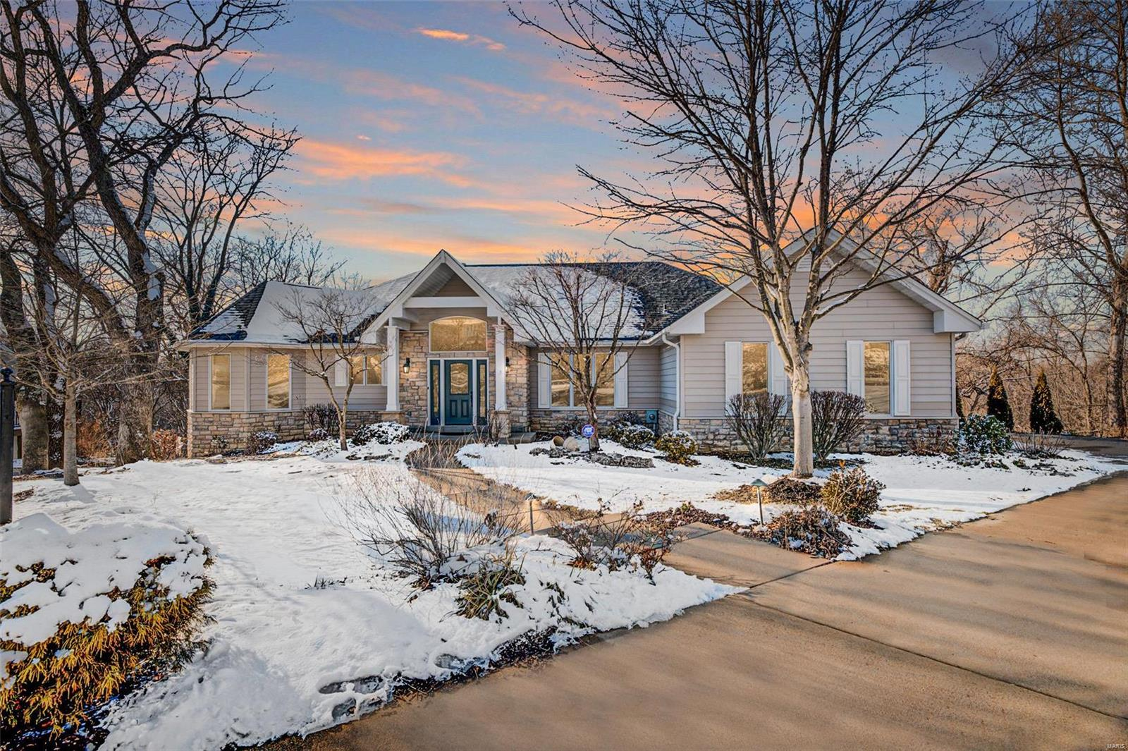 5903 OAKVILLE WOODS Place Property Photo - St Louis, MO real estate listing