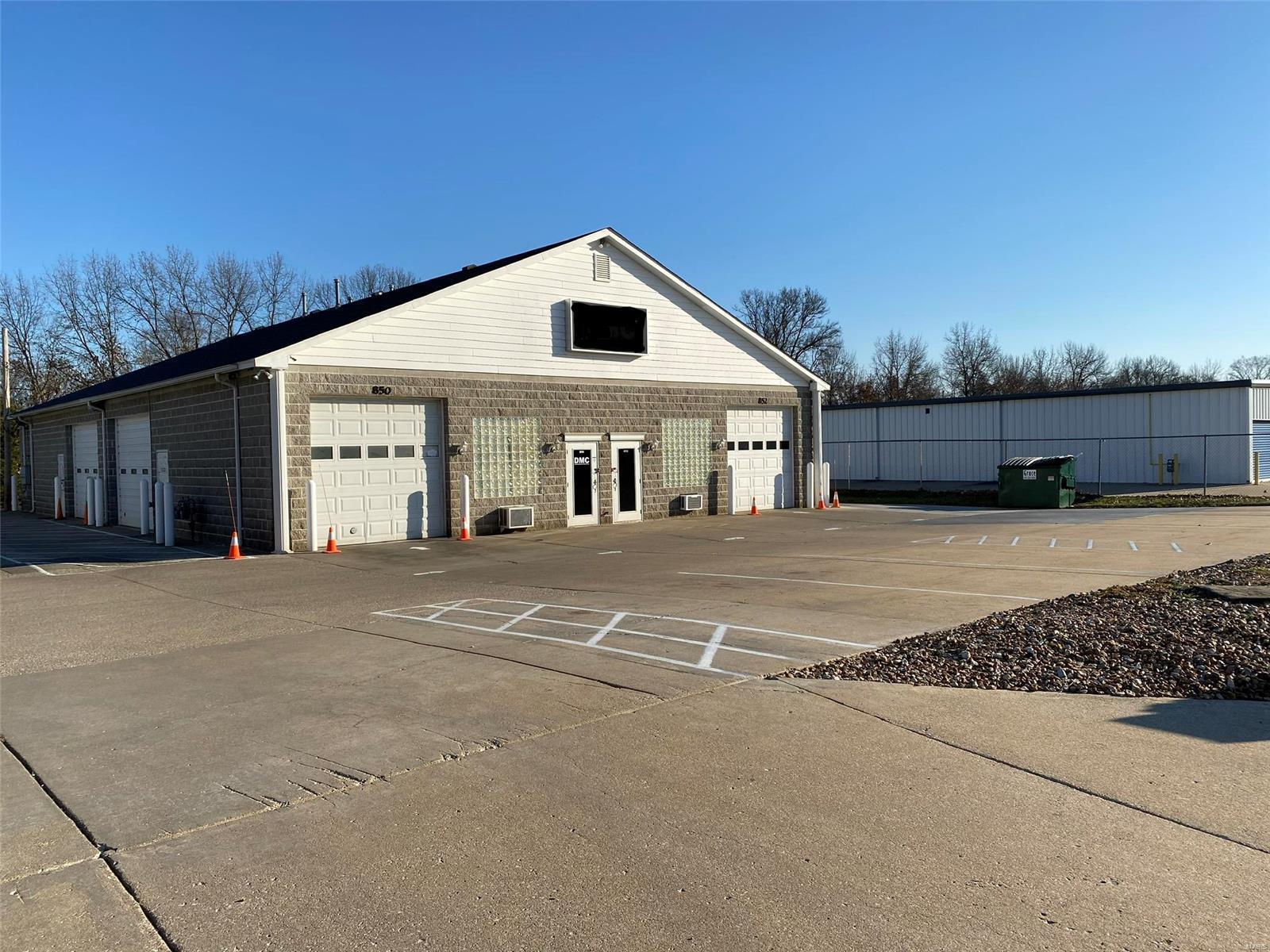 850 Midpoint Drive Property Photo - O'Fallon, MO real estate listing