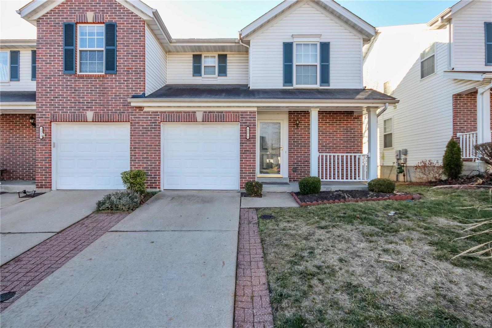 1171 Big Bend Crossing Drive Property Photo - Manchester, MO real estate listing