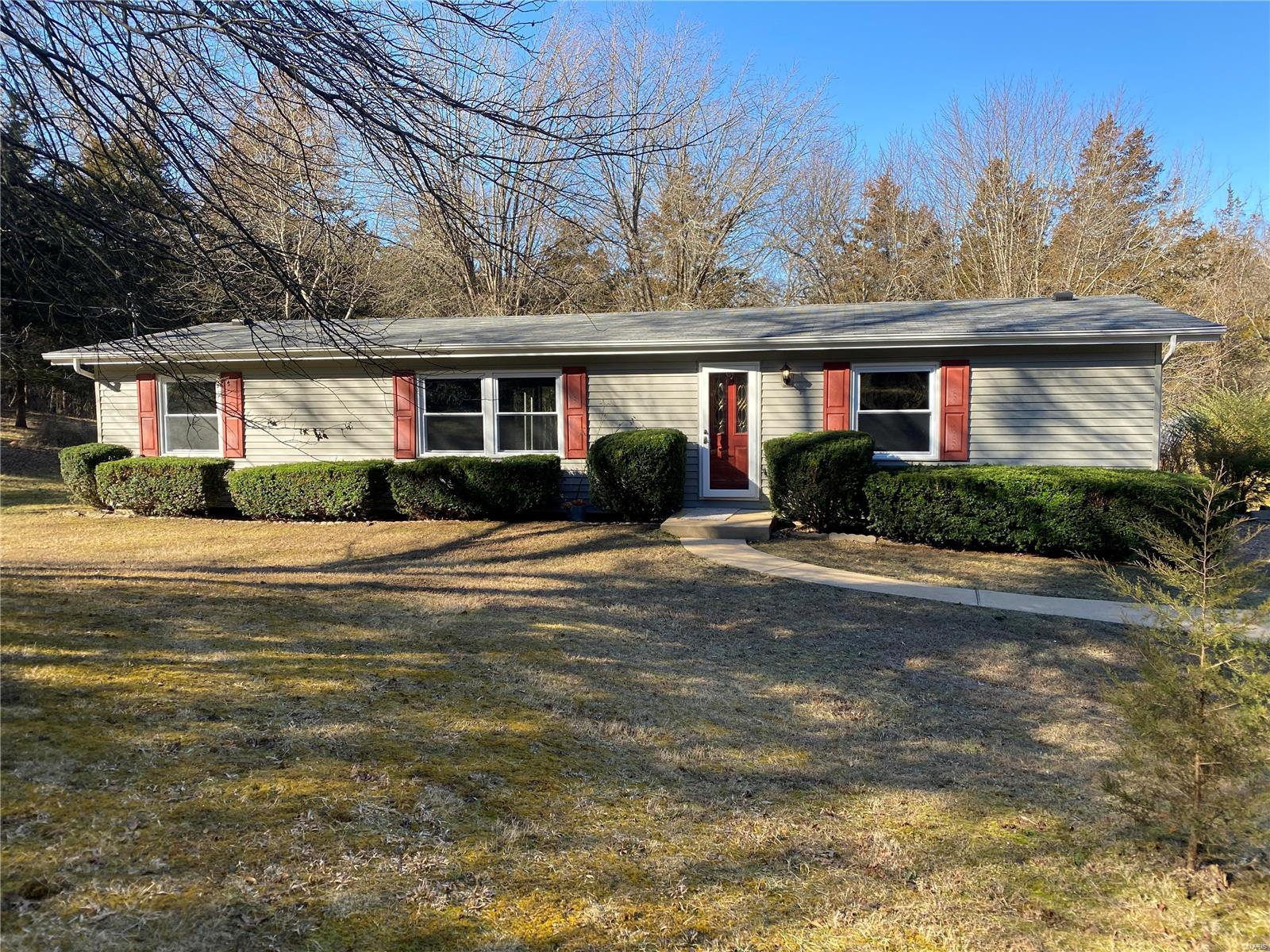 611 E Woodland Trail Drive Property Photo - Dittmer, MO real estate listing