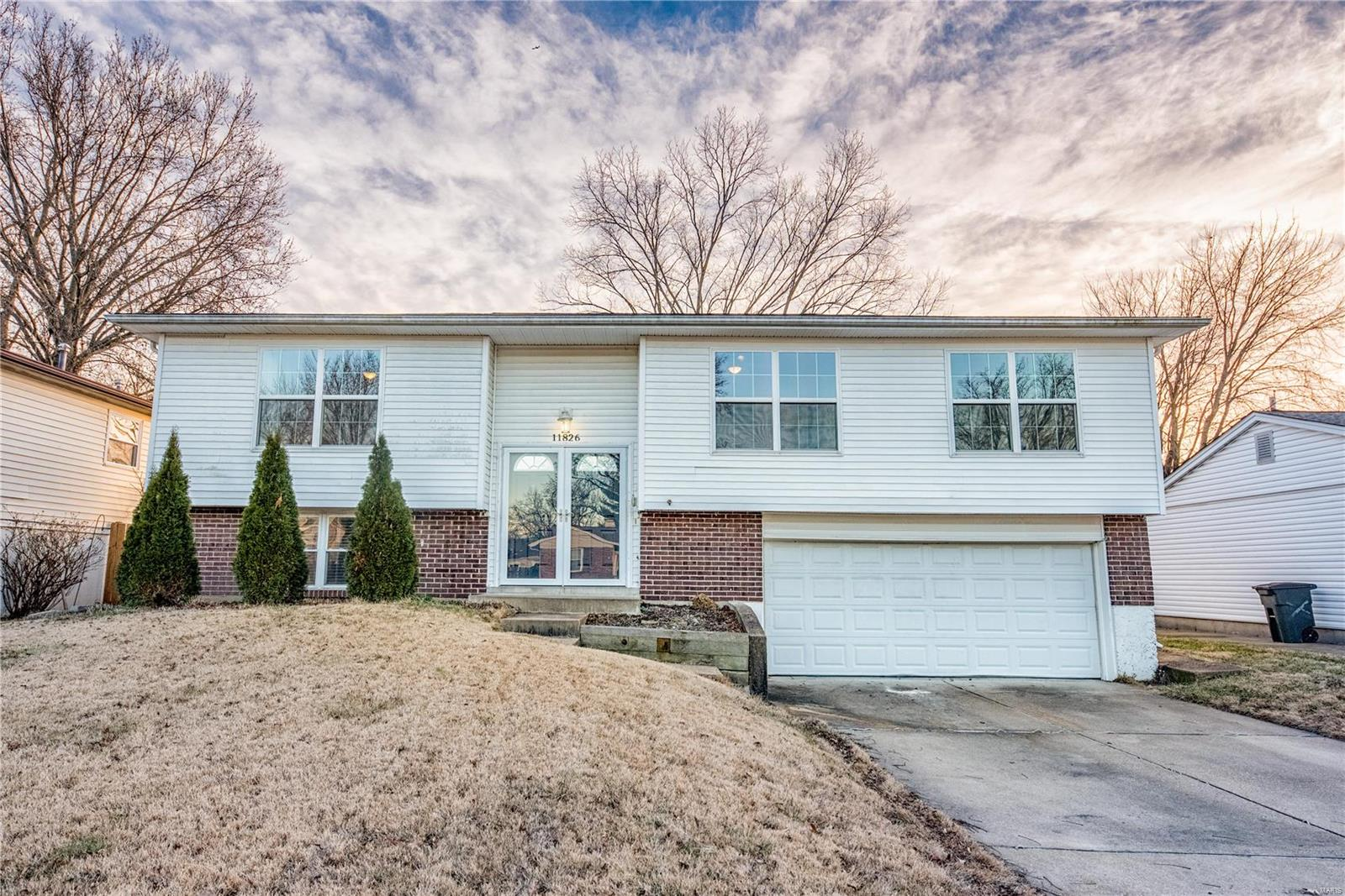 11826 Boward Court Property Photo - Maryland Heights, MO real estate listing