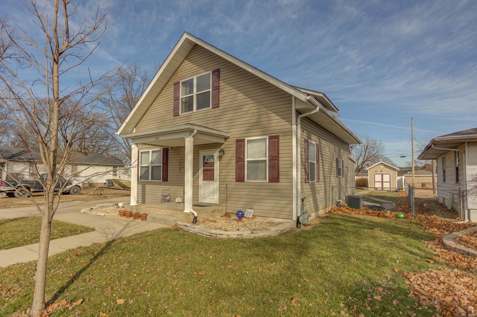 216 Boismenue Avenue Property Photo - East Carondelet, IL real estate listing