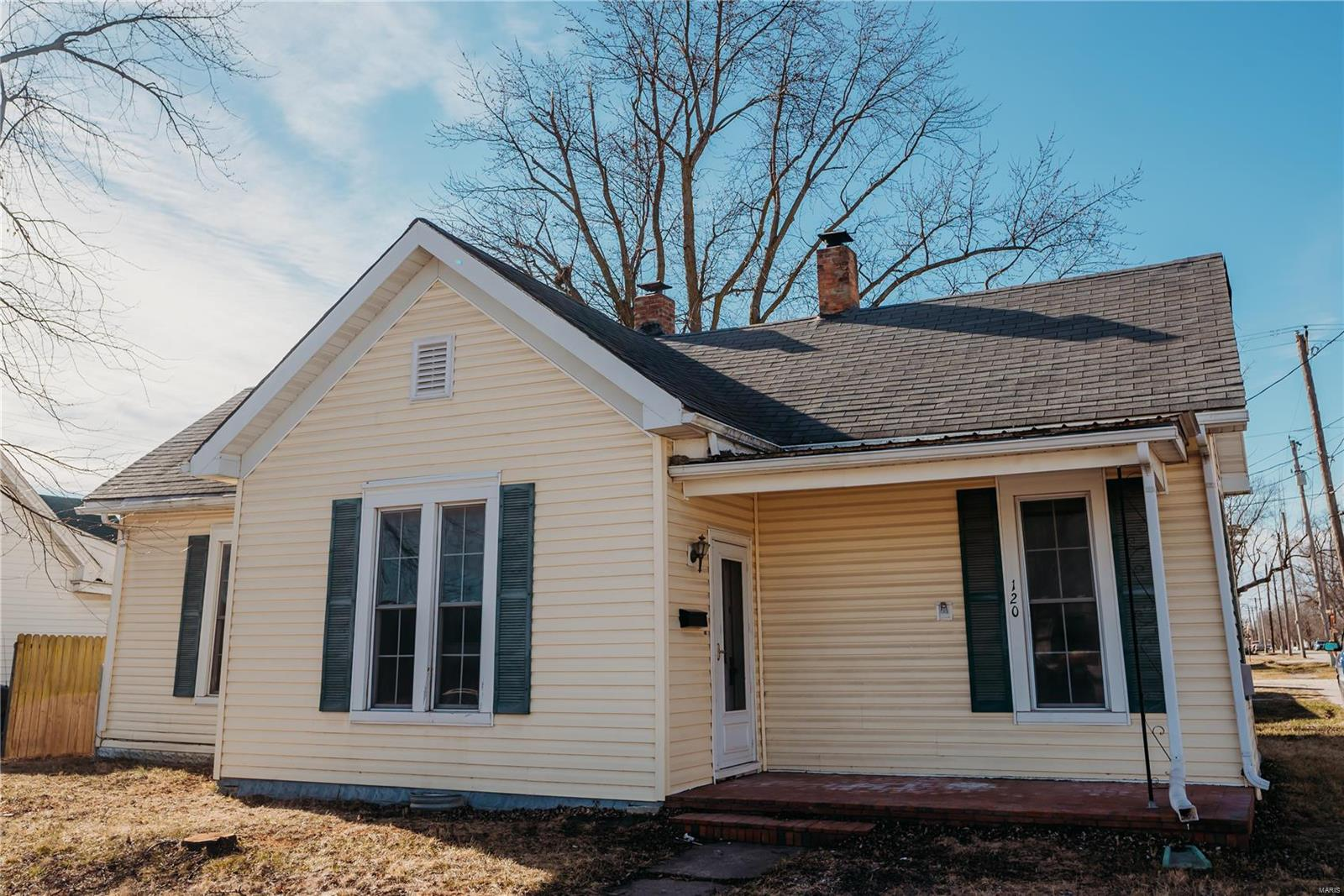 120 N Court Street Property Photo - Bowling Green, MO real estate listing