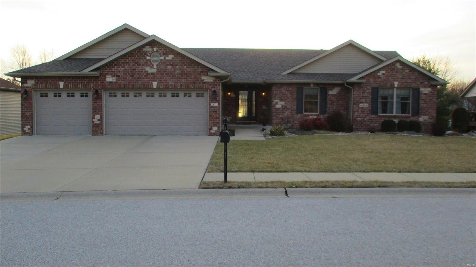 2112 Tuscany Ridge Court Property Photo - Maryville, IL real estate listing