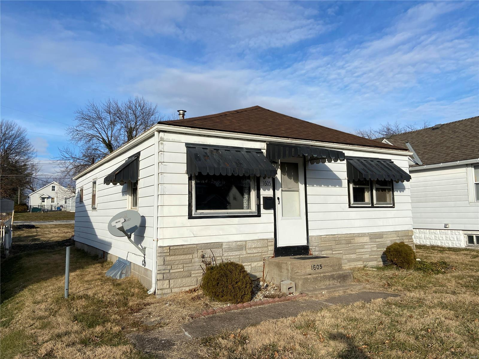 1605 Maple St Property Photo - Quincy, IL real estate listing
