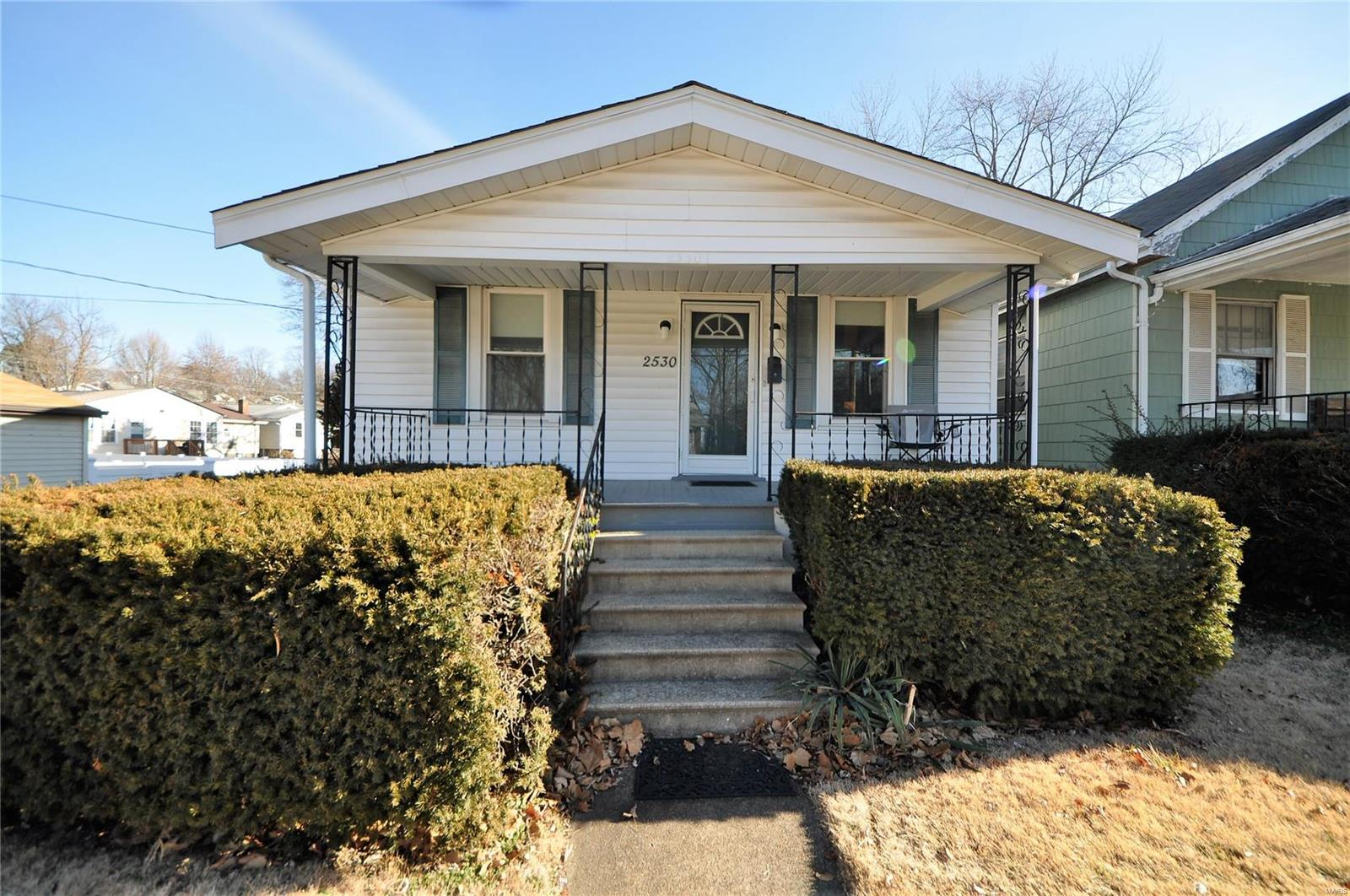 2530 Laclede Station Road Property Photo - St Louis, MO real estate listing