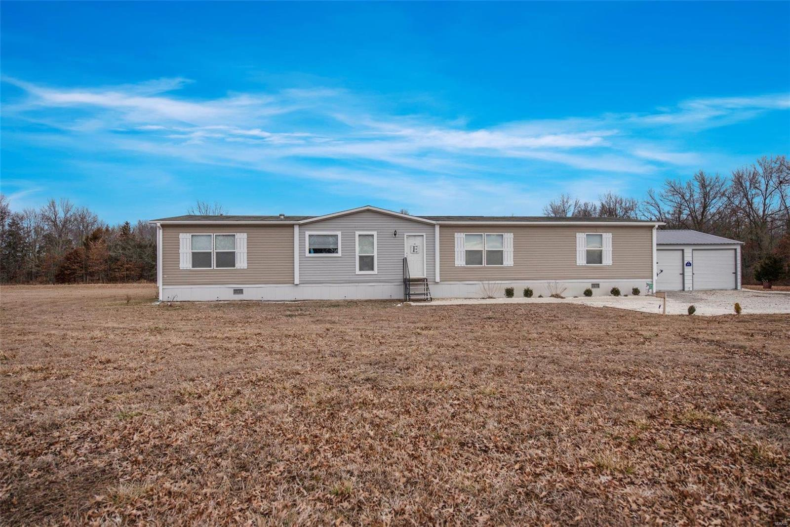 138 Glazier Trail Road Property Photo - Wellsville, MO real estate listing