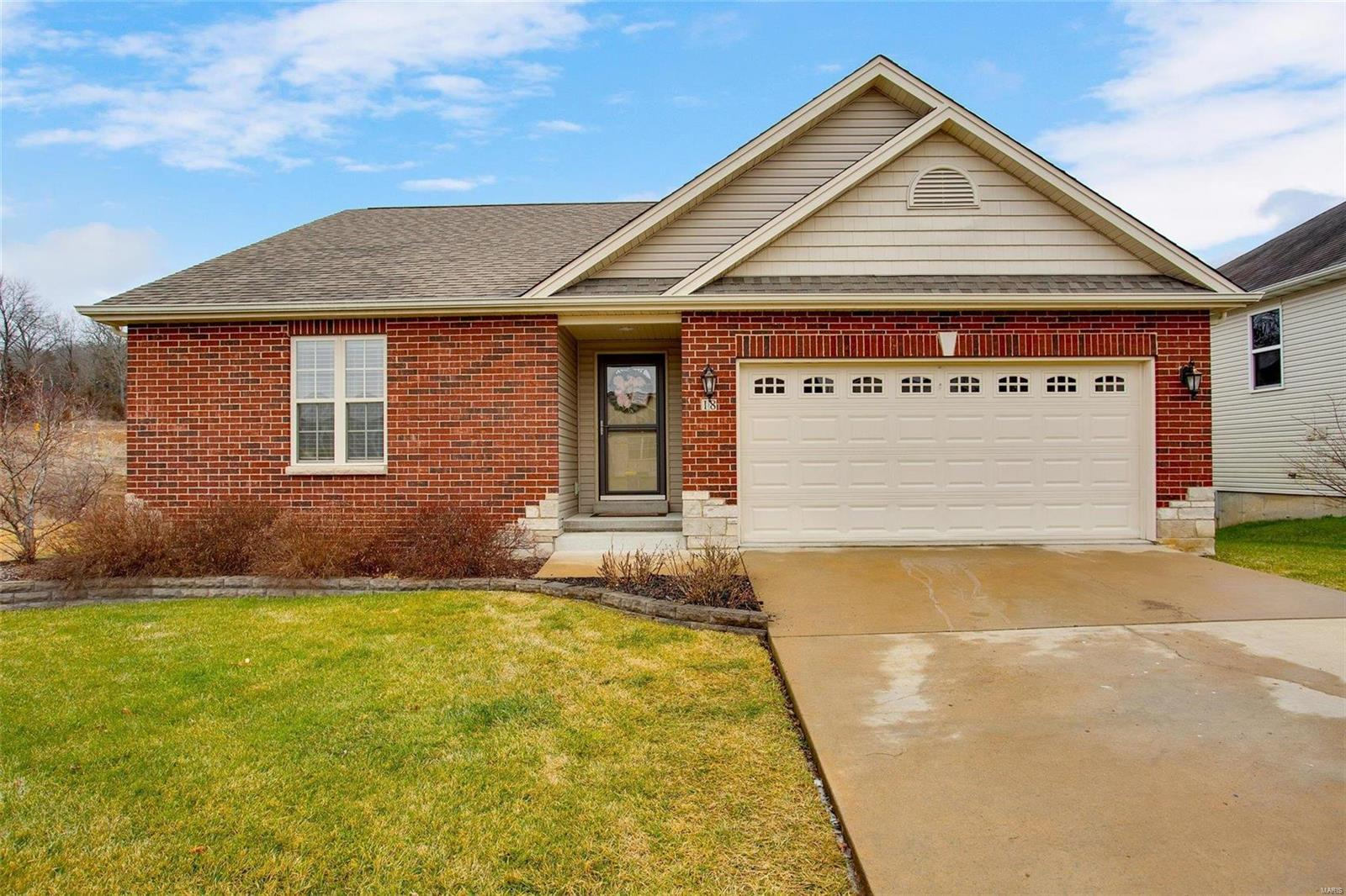 18 Somerfield Drive Property Photo - Union, MO real estate listing
