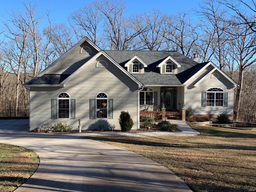 17800 Twin Lakes Lane Property Photo - Warrenton, MO real estate listing