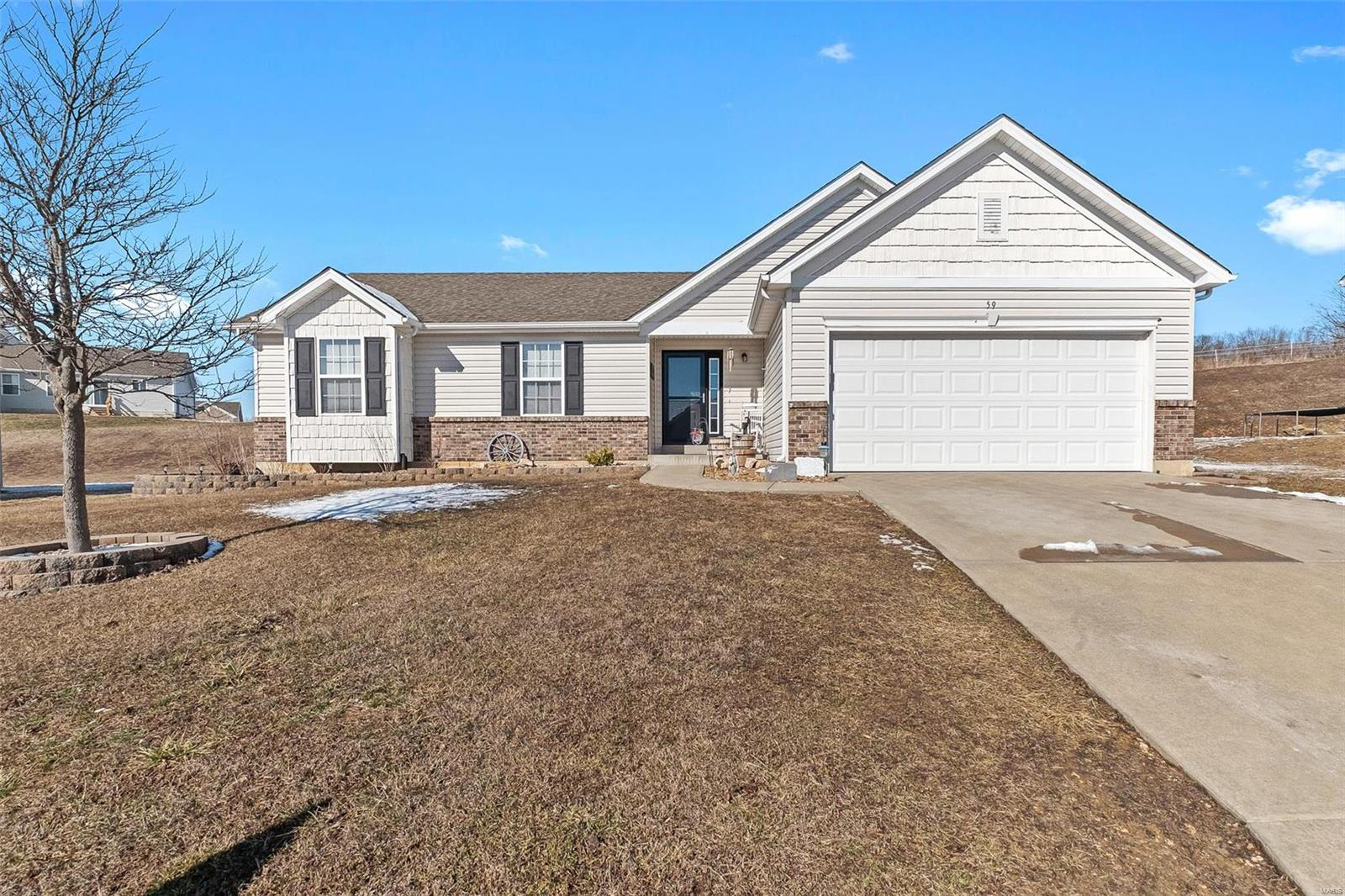59 Hunters Pointe Drive Property Photo - Winfield, MO real estate listing