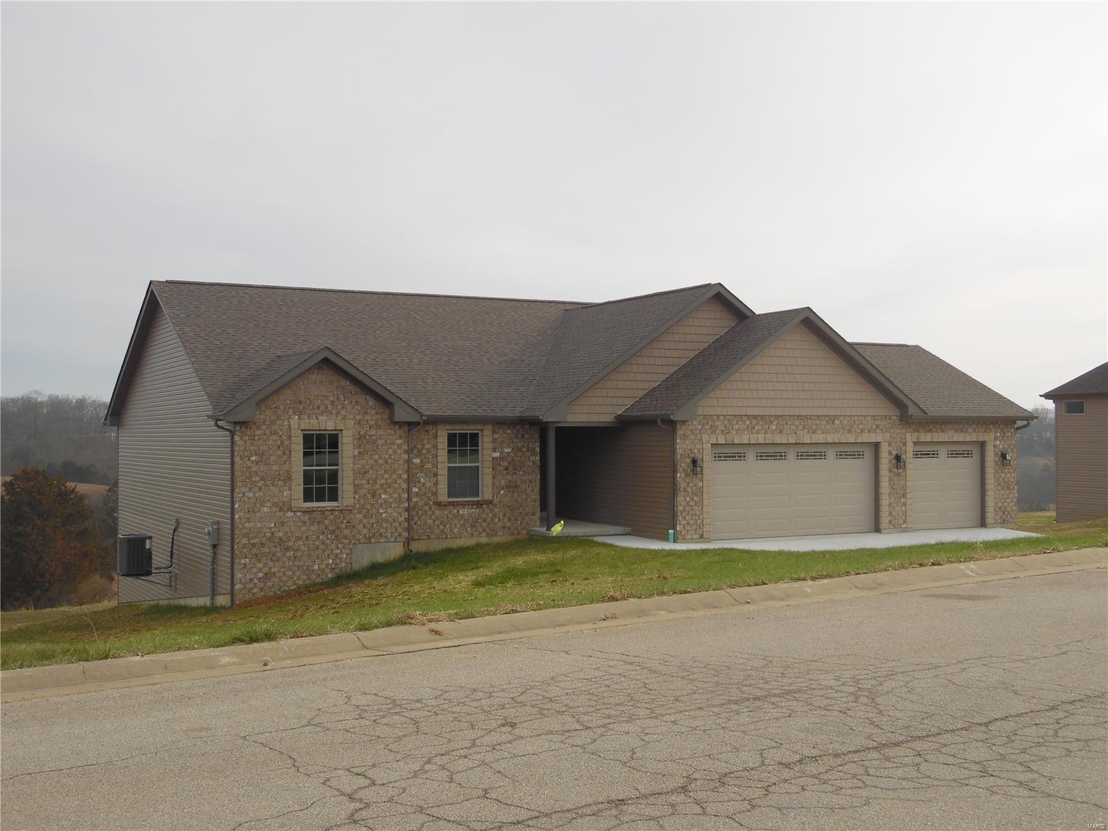 144 Rainbow Lake Drive Property Photo - Villa Ridge, MO real estate listing