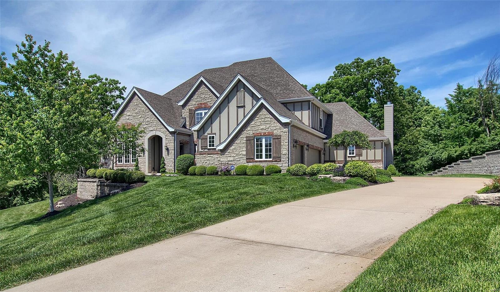 1523 Quail Hollow Court Property Photo - Wildwood, MO real estate listing