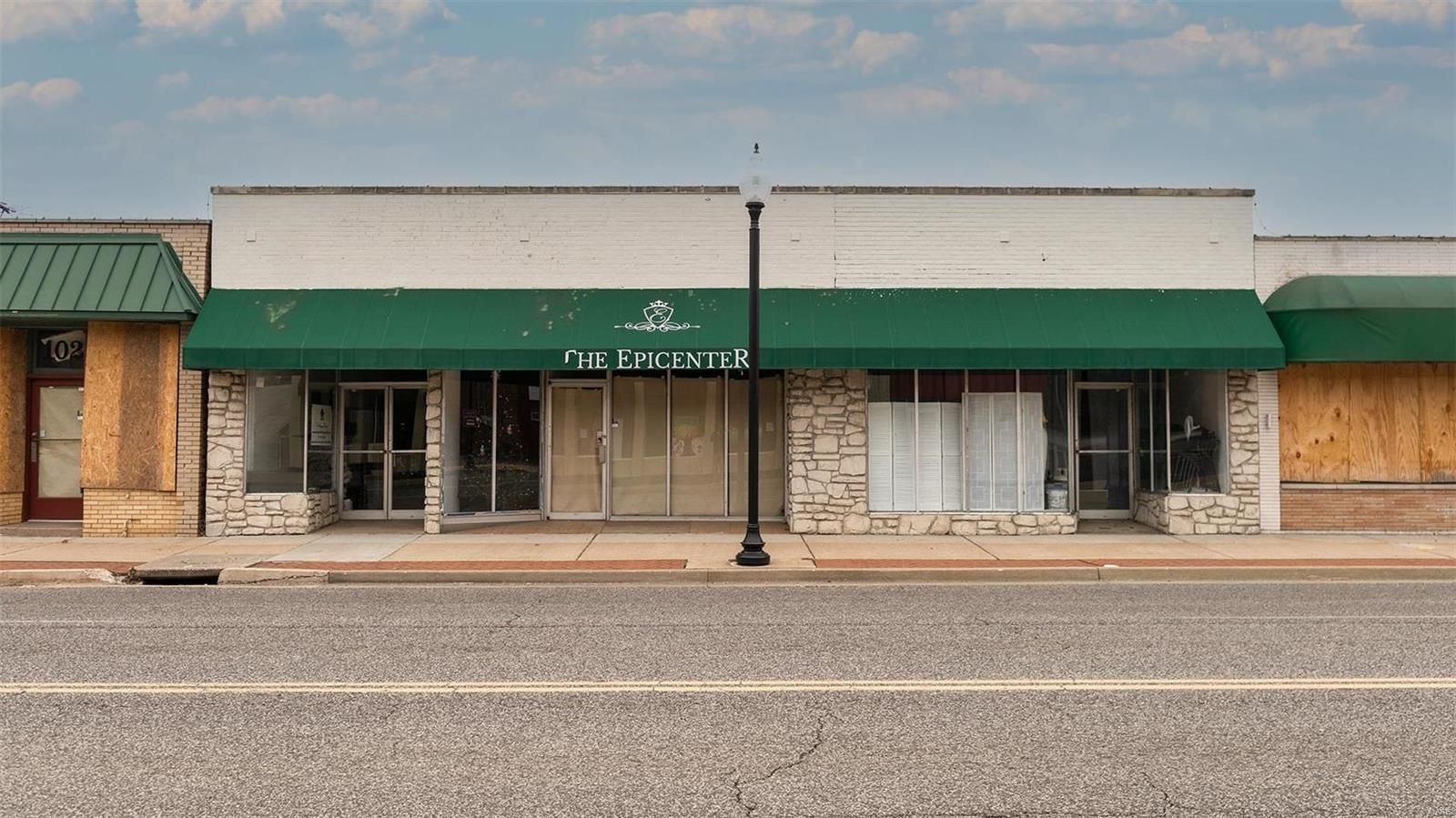 104 S Florissant Road Property Photo - St Louis, MO real estate listing