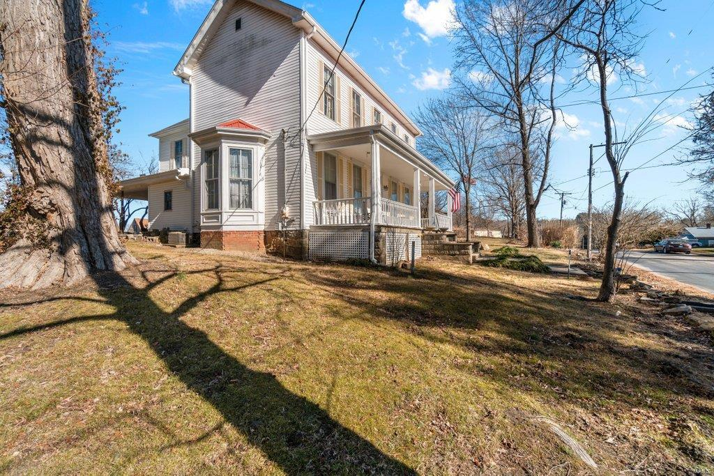 115 W Poplar Property Photo - Cobden, IL real estate listing