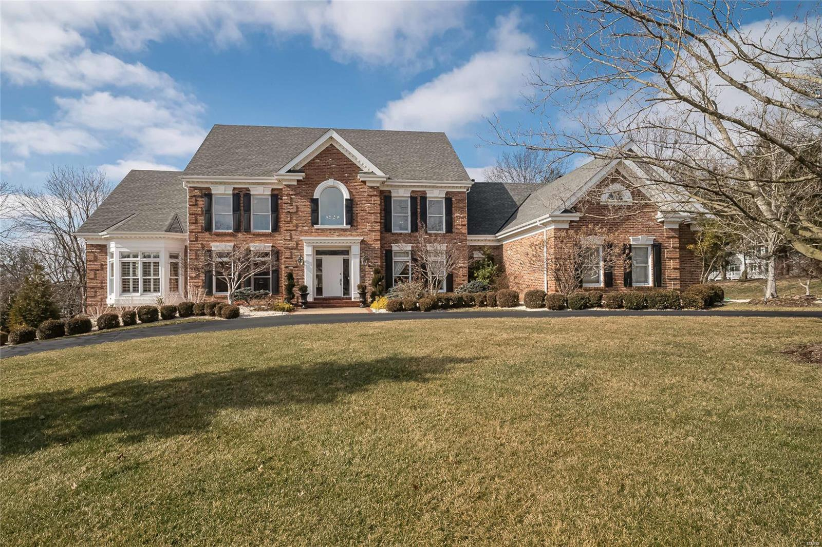 409 Conway Pine Court Property Photo - St Louis, MO real estate listing