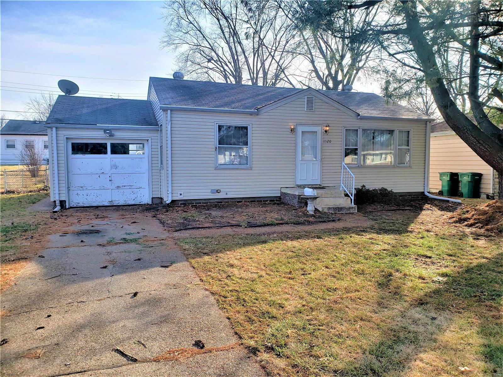 1520 Attica Drive Property Photo - St Louis, MO real estate listing