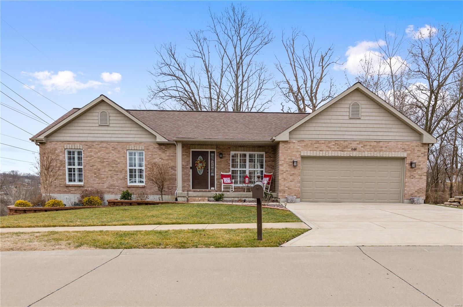 1088 Hickory Ridge Trail Property Photo - Arnold, MO real estate listing