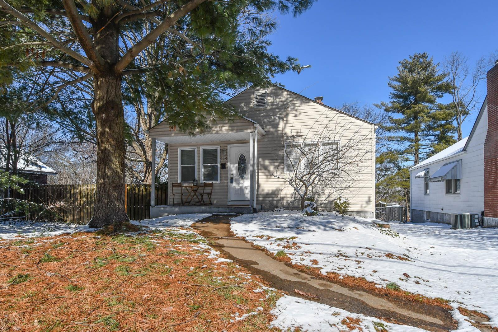 219 Monica Drive Property Photo - St Louis, MO real estate listing