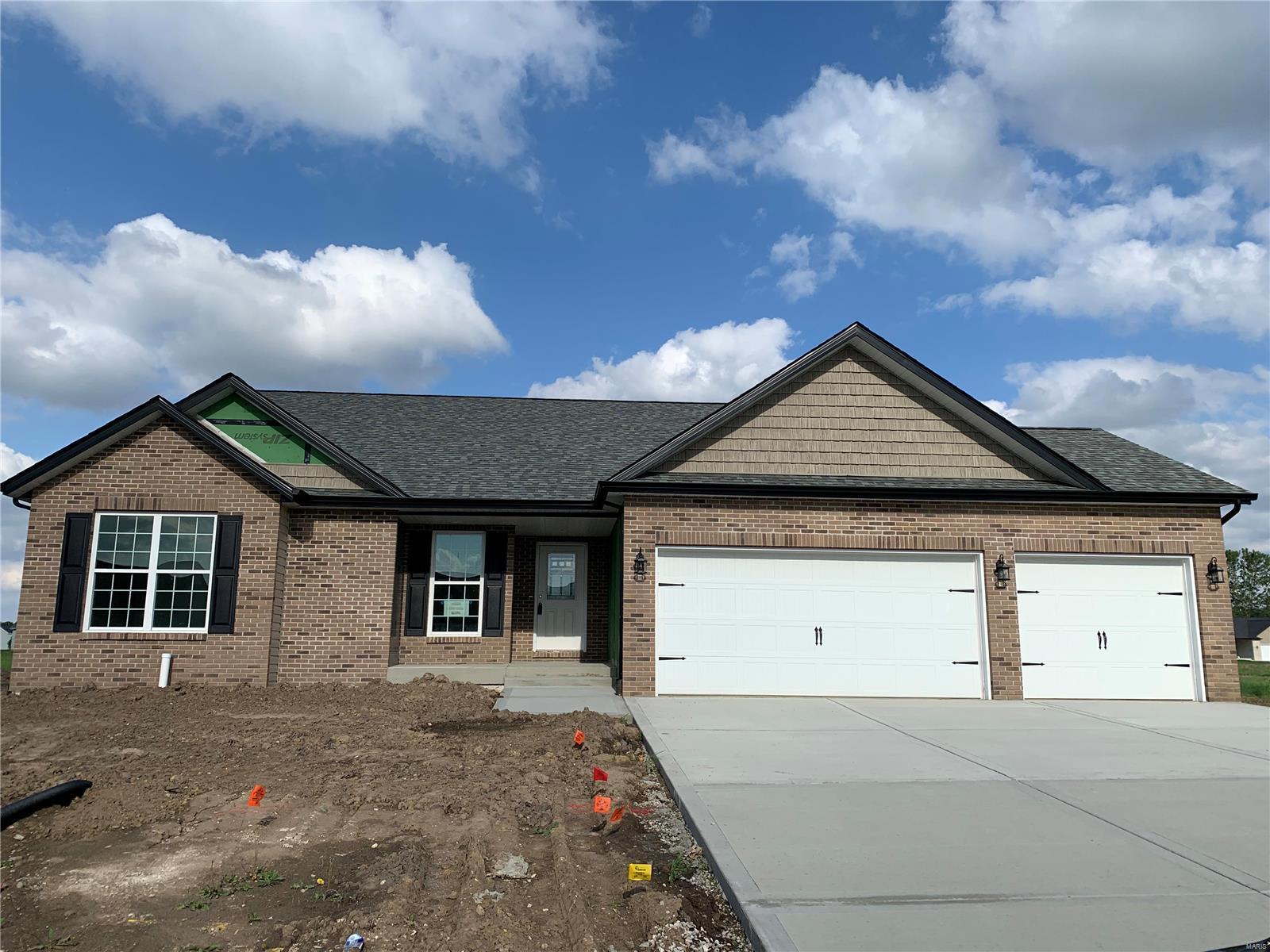 704 Santa Fe Court Property Photo - Shiloh, IL real estate listing