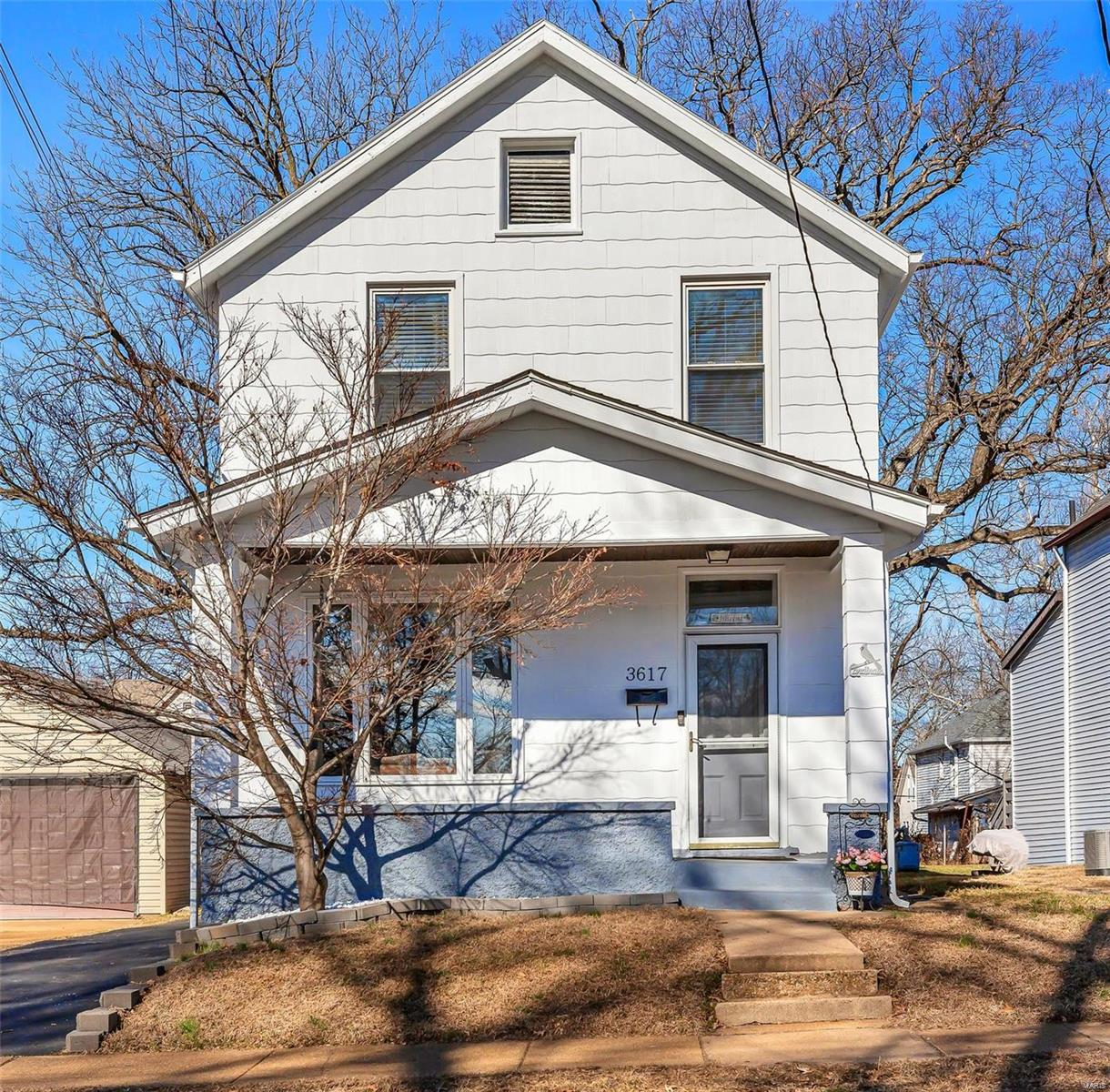 3617 Manhattan Avenue Property Photo - Maplewood, MO real estate listing