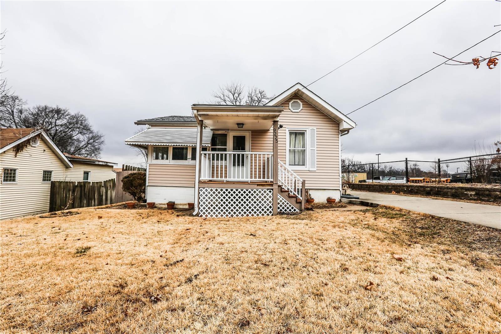 9225 Tudor Avenue Property Photo - St Louis, MO real estate listing