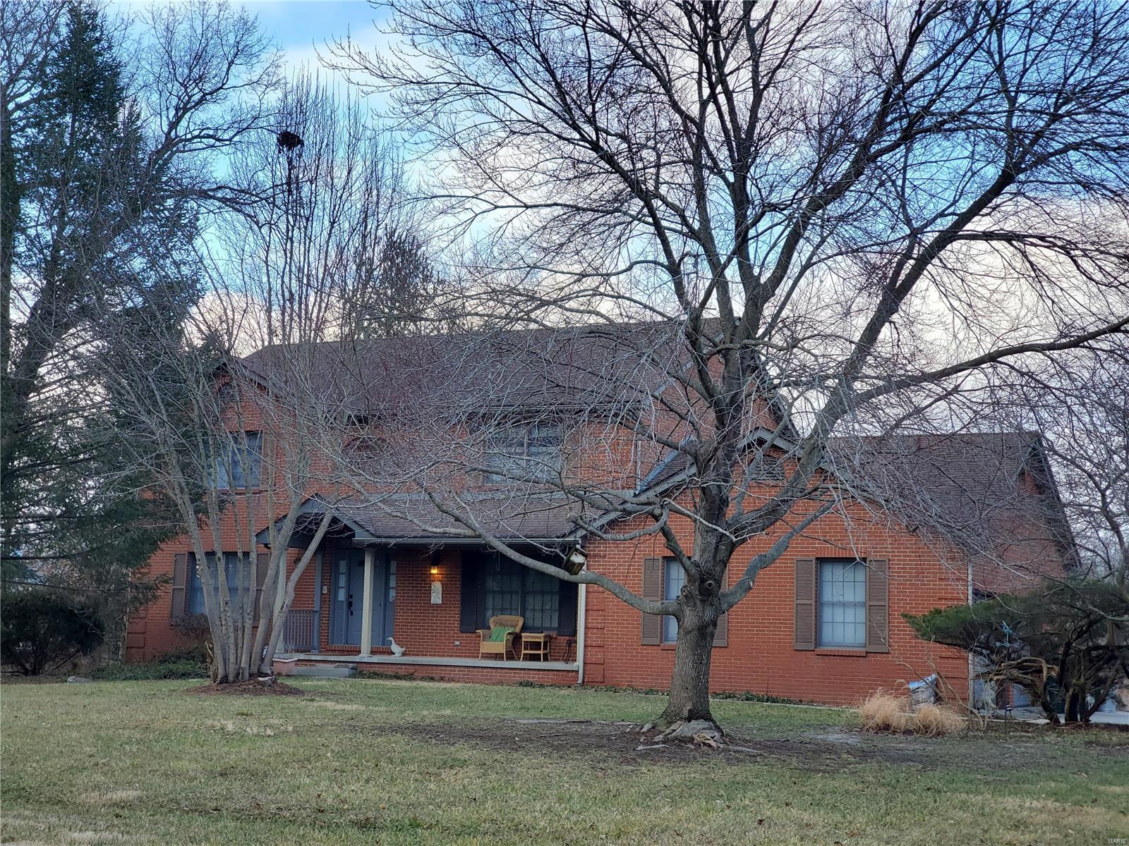 5189 Live Oak Drive Property Photo - Smithton, IL real estate listing