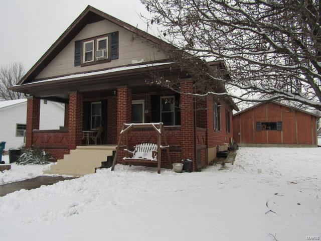 302 E Monroe Avenue Property Photo - Owensville, MO real estate listing