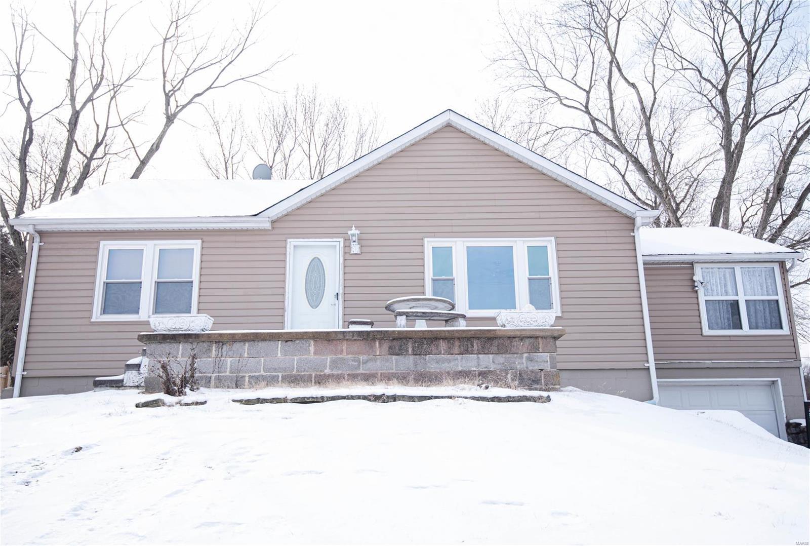 930 Windsor Drive Property Photo
