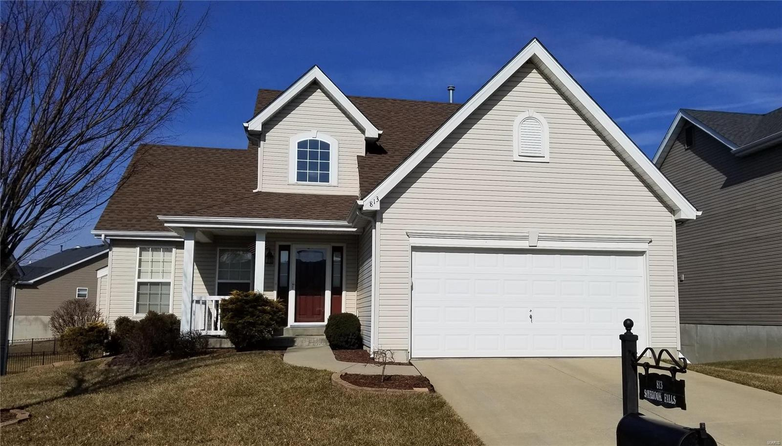 813 Saybrook Falls Drive Property Photo - Fairview Heights, IL real estate listing