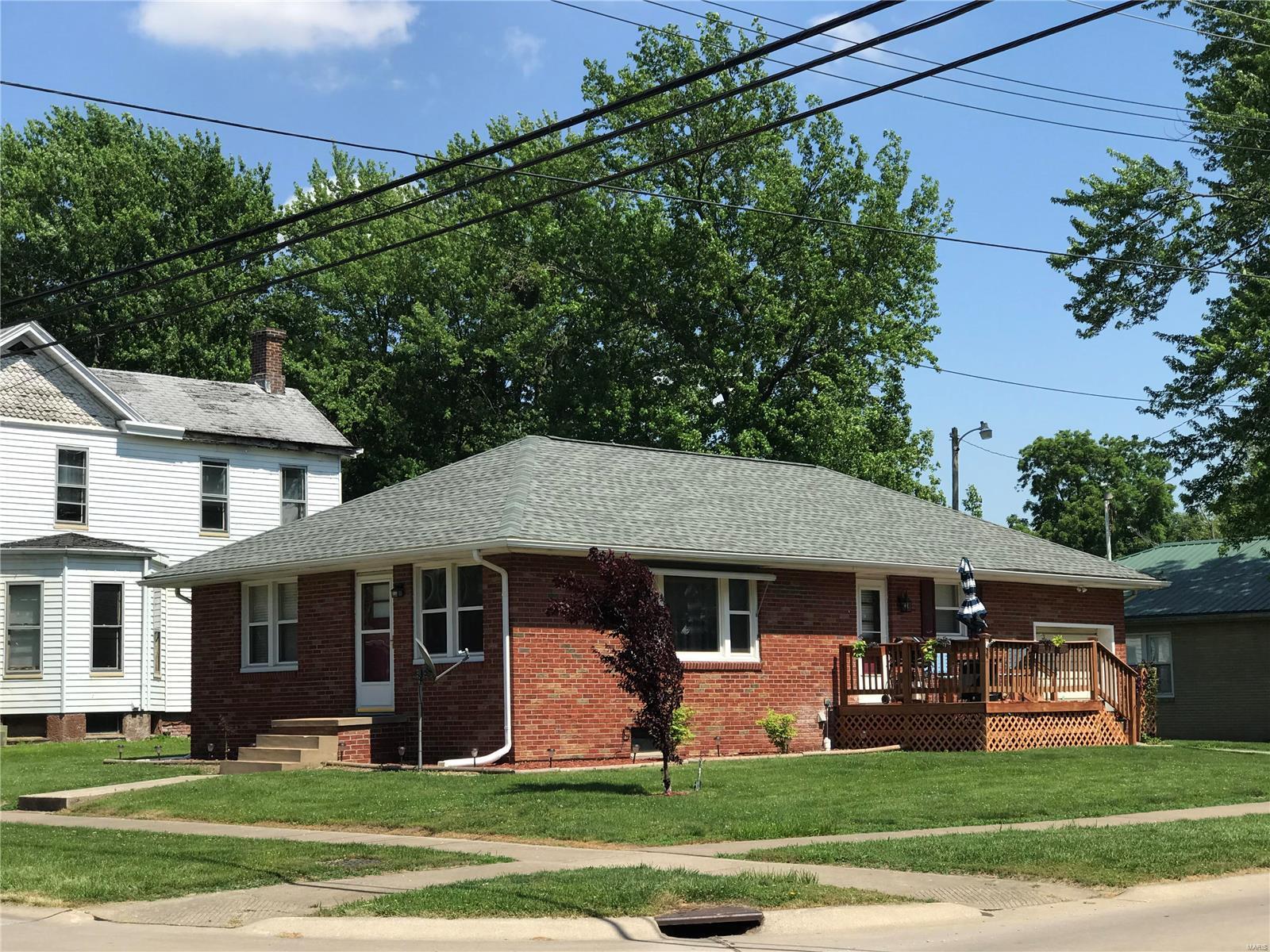 310 W Prairie Street Property Photo - Jerseyville, IL real estate listing