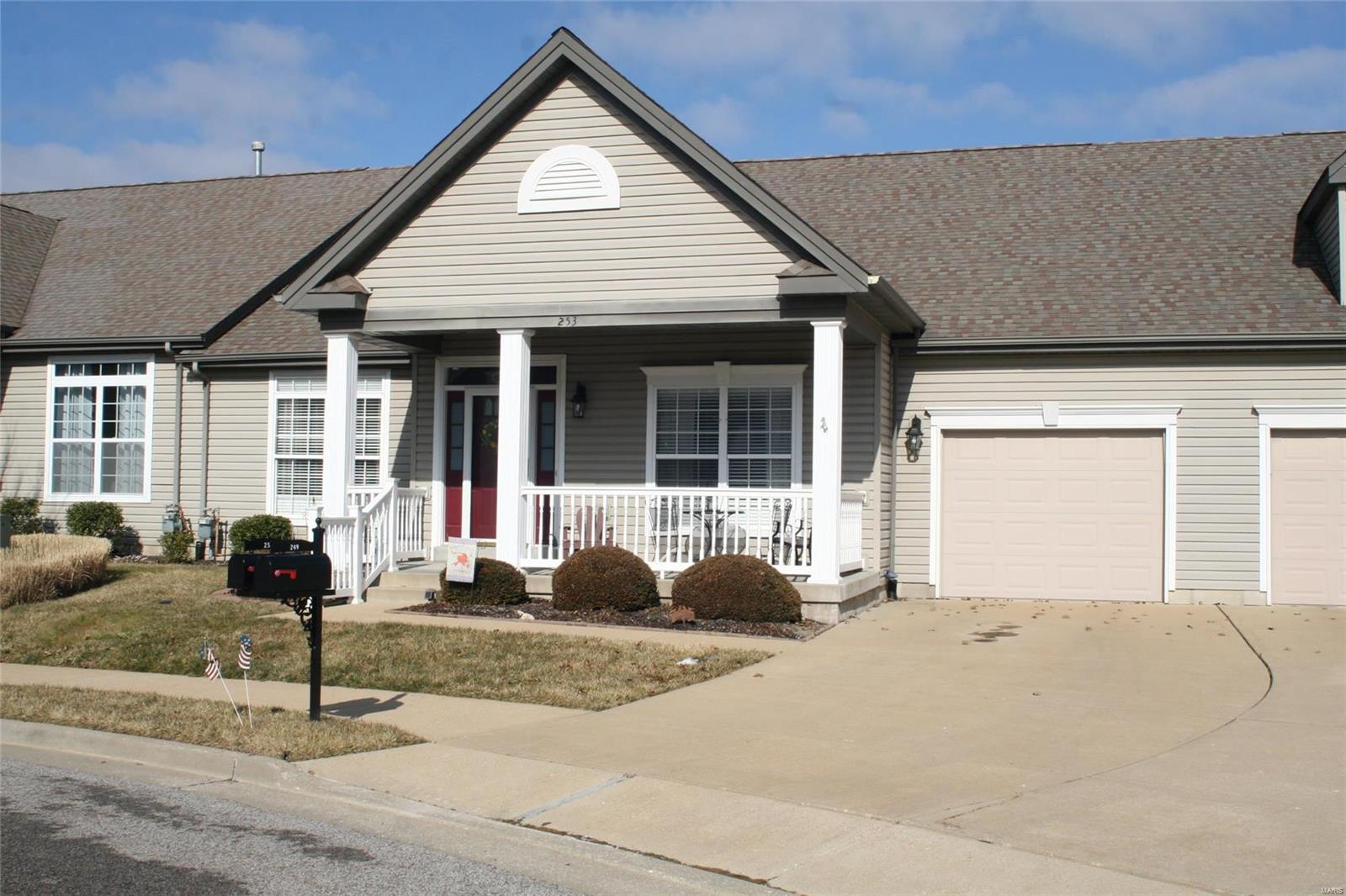 253 Meadows Of Wildwood Boulevard Property Photo - Grover, MO real estate listing