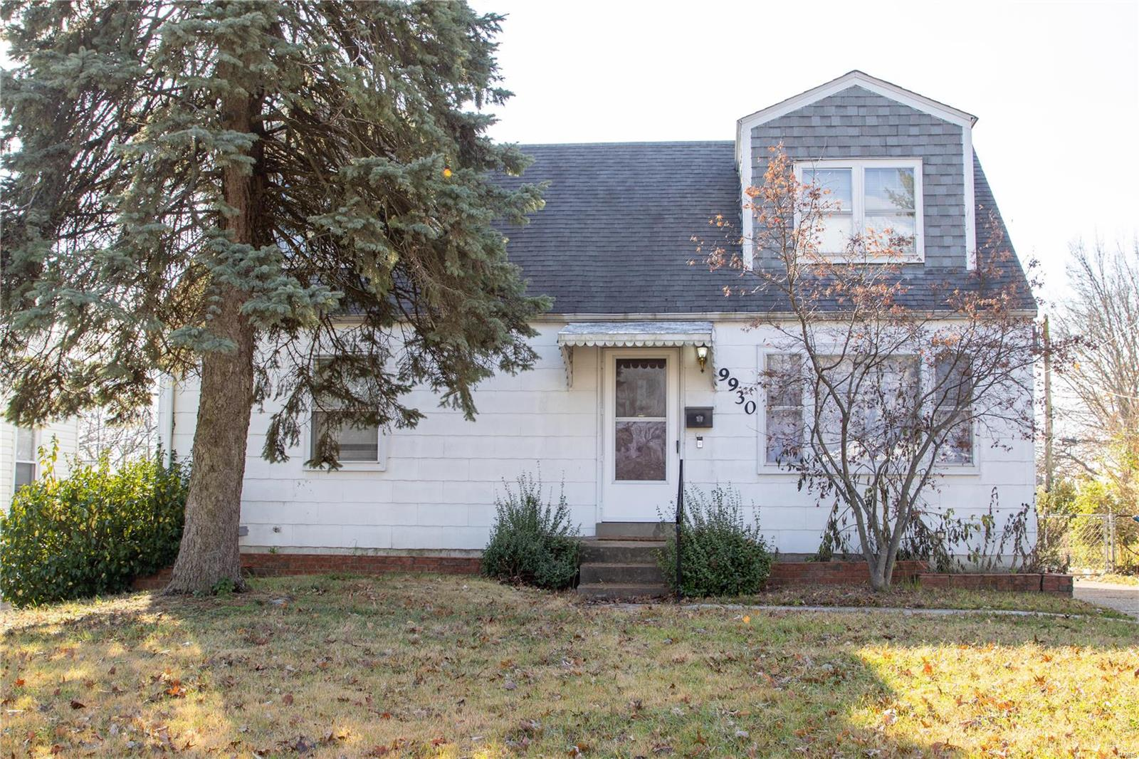 9930 Iveland Drive Property Photo - Overland, MO real estate listing