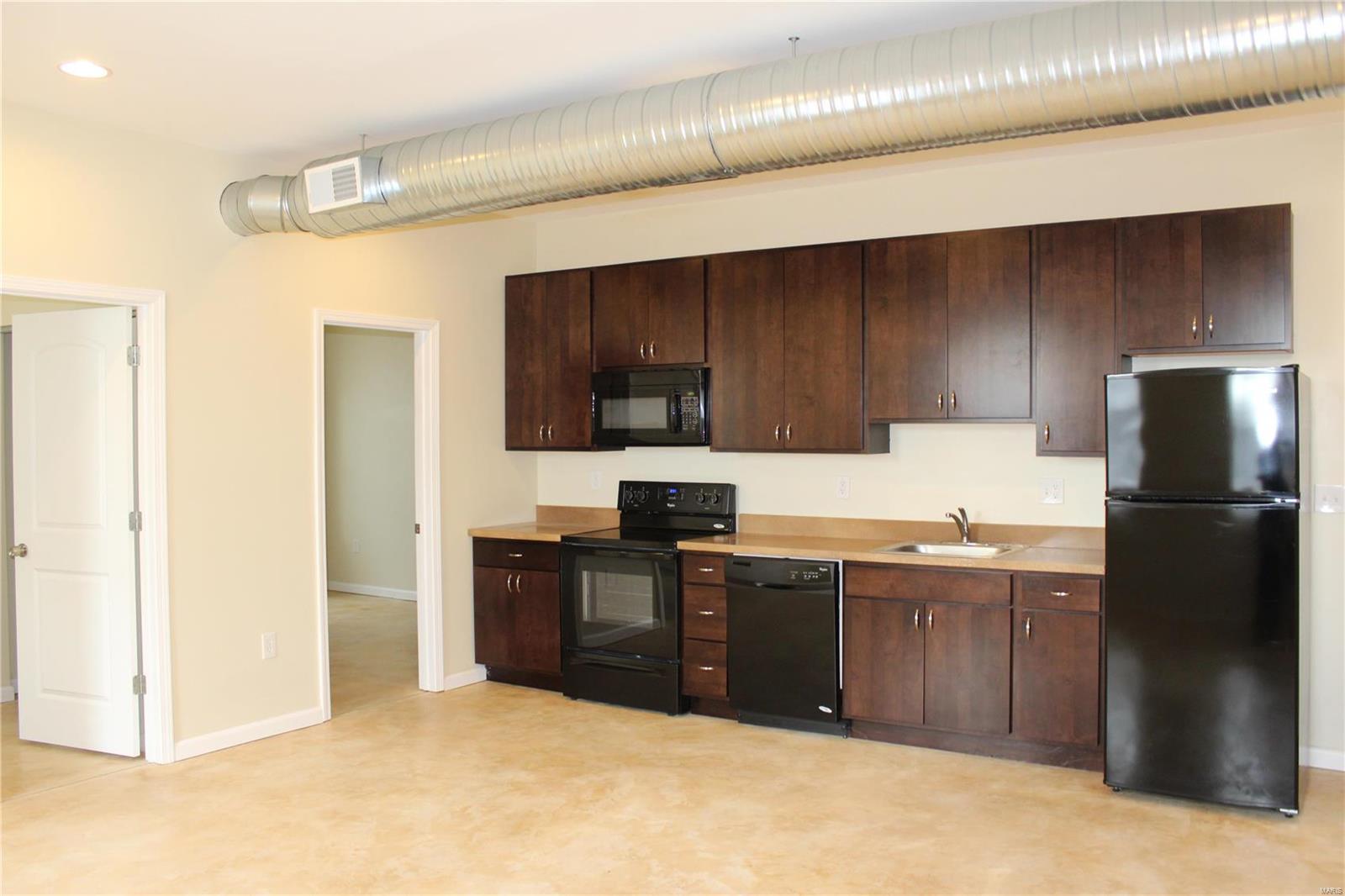 419 S FLORISSANT Road #3S Property Photo - Ferguson, MO real estate listing