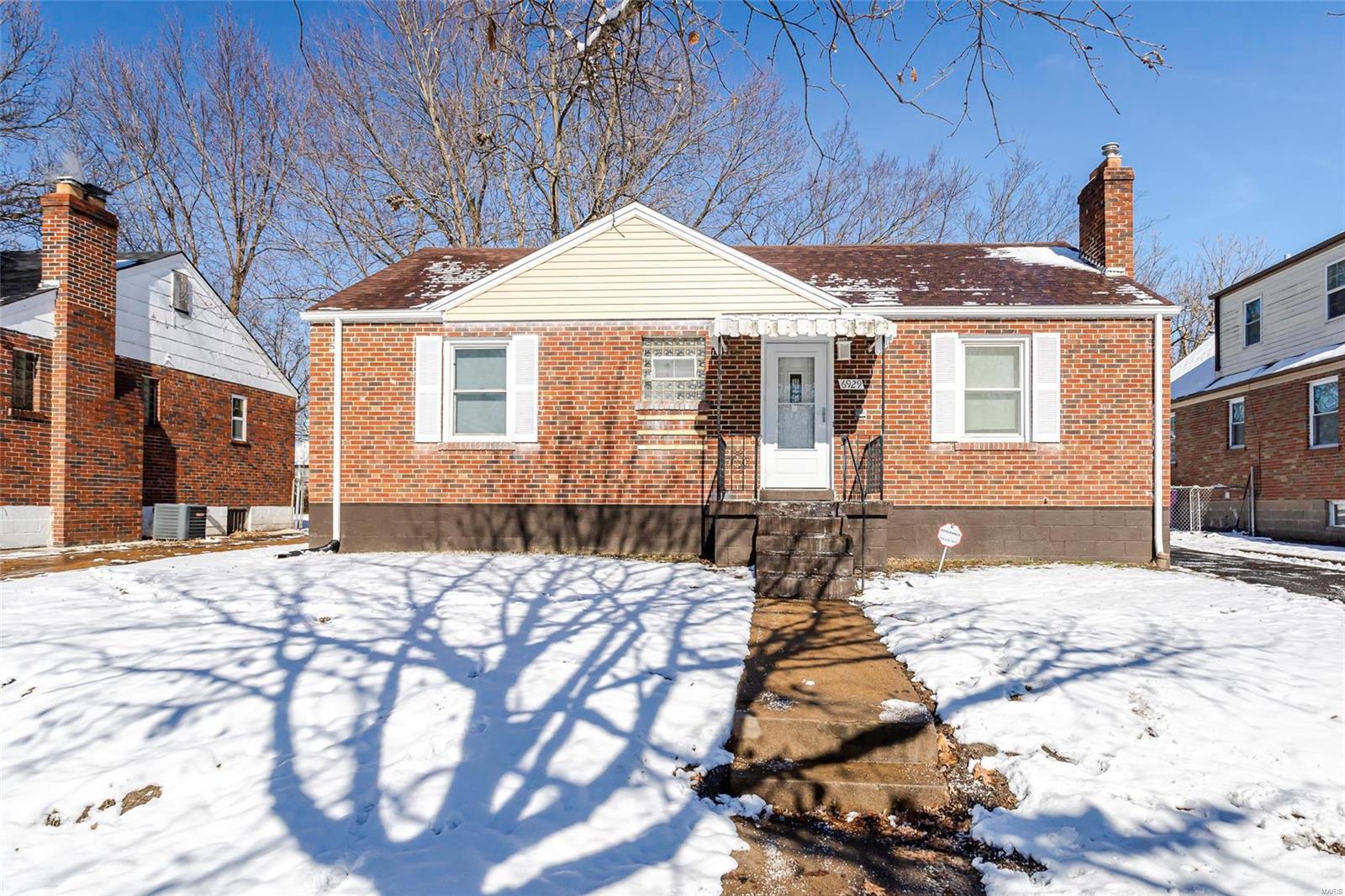 6929 Plymouth Avenue Property Photo