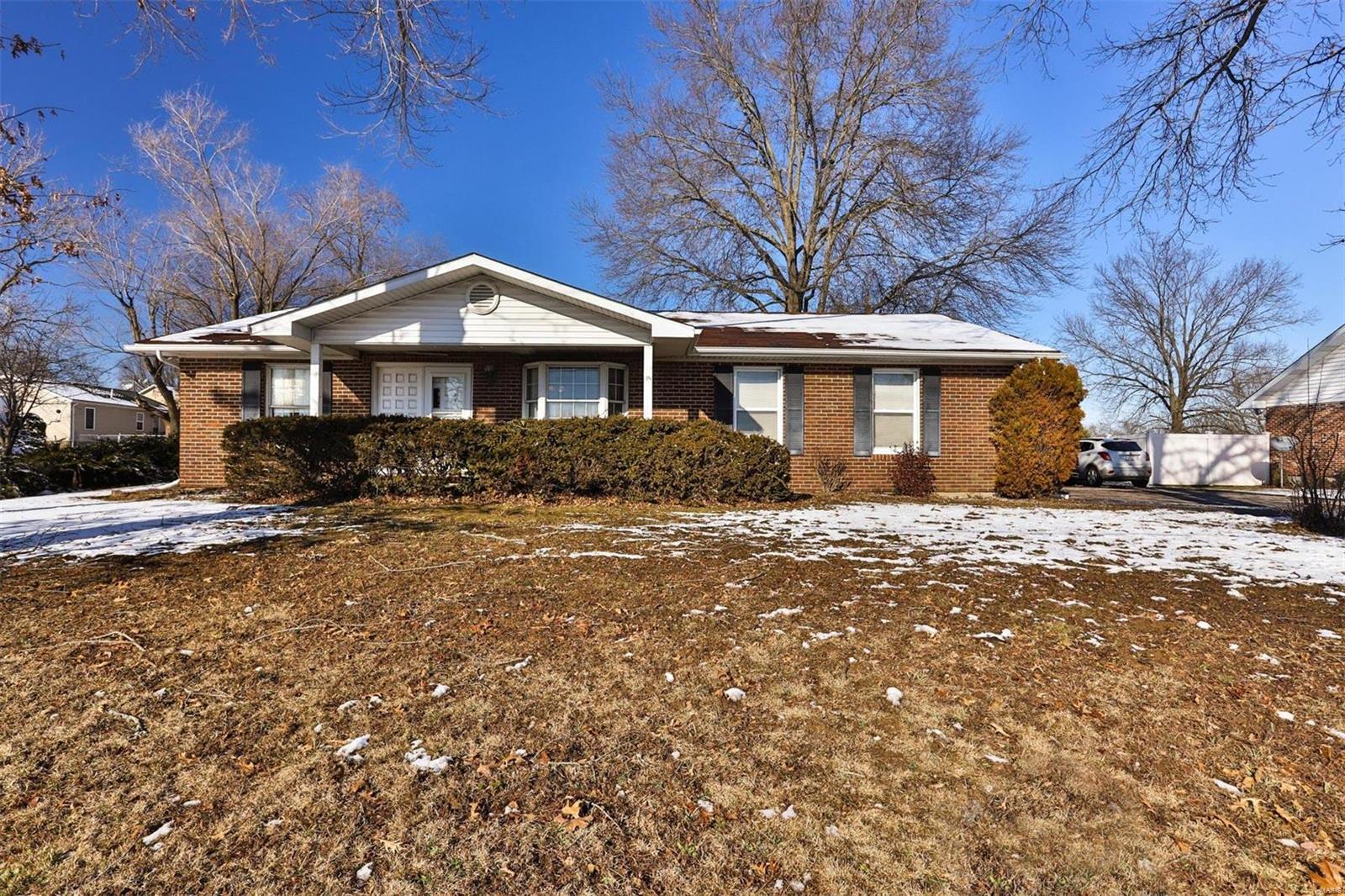 805 E Gravois Avenue Property Photo
