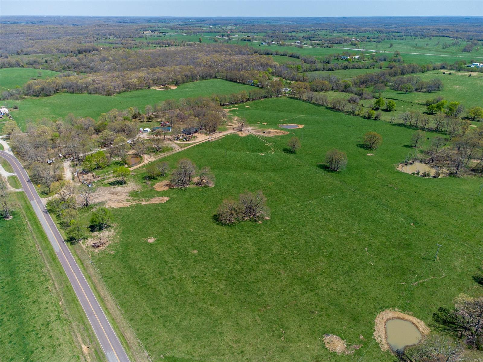 15293 Highway E Property Photo - Eldridge, MO real estate listing