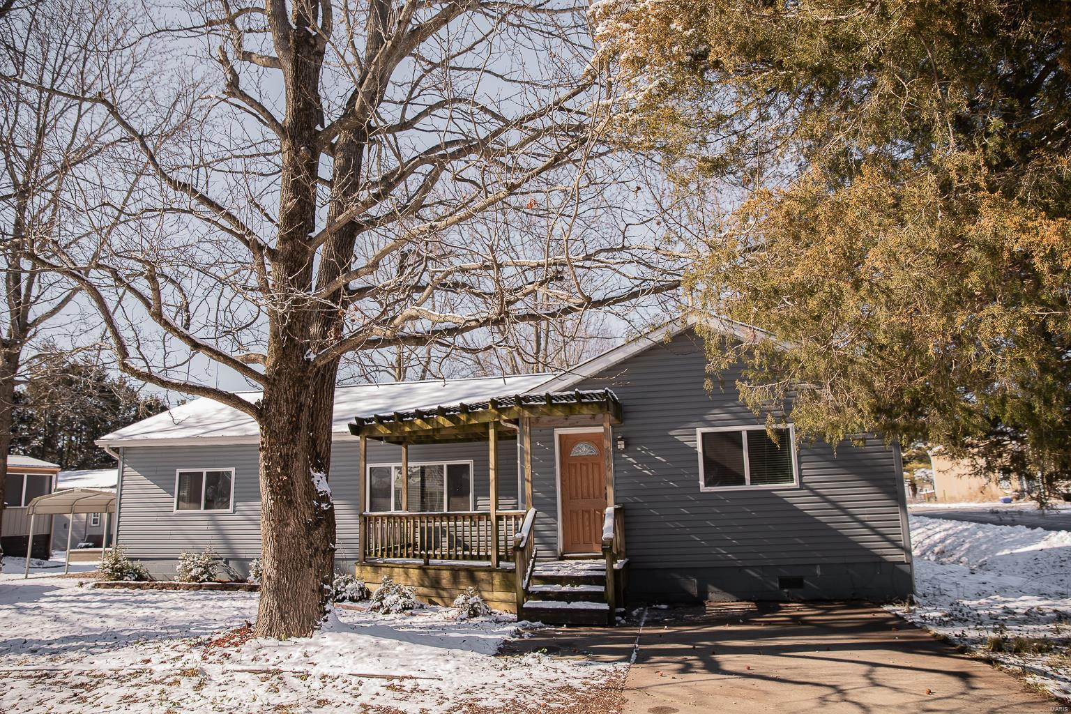 515 Taylor Street Property Photo - Energy, IL real estate listing