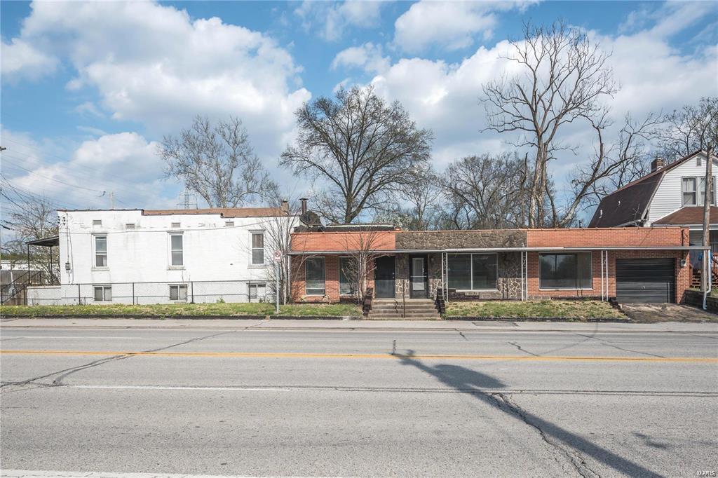 1328 Pennsylvania Avenue Property Photo - St Louis, MO real estate listing