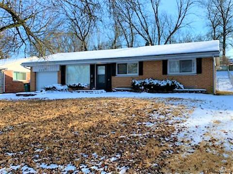 908 Marias Drive Property Photo - St Louis, MO real estate listing