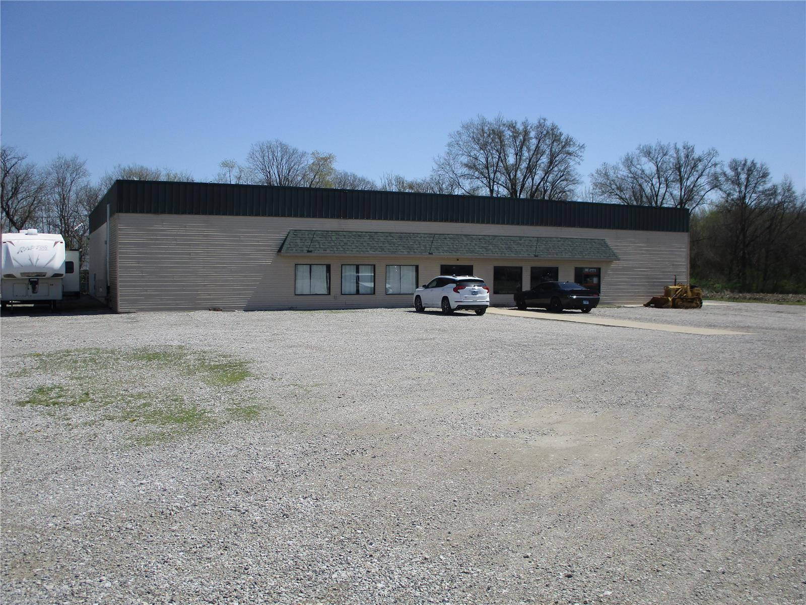 1550 E US Rt 40 Property Photo - Greenville, IL real estate listing