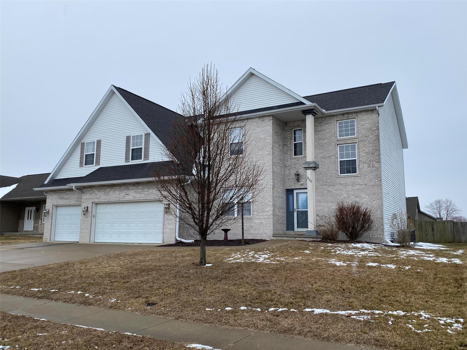 62629 Real Estate Listings Main Image